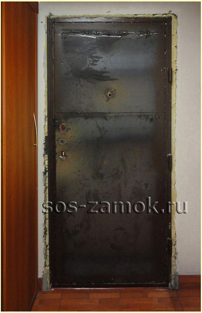 Демонтаж двери для установки МДФ закладки