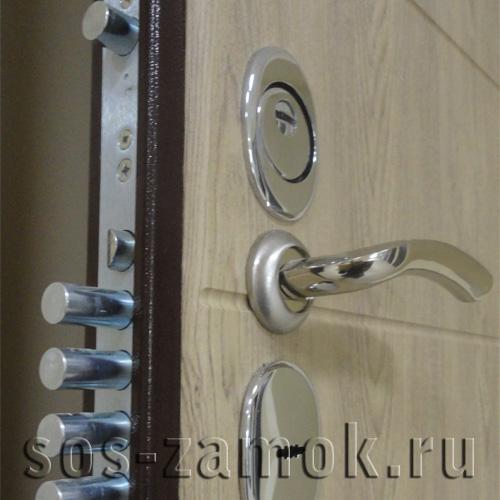 пример замены замка на входной двери