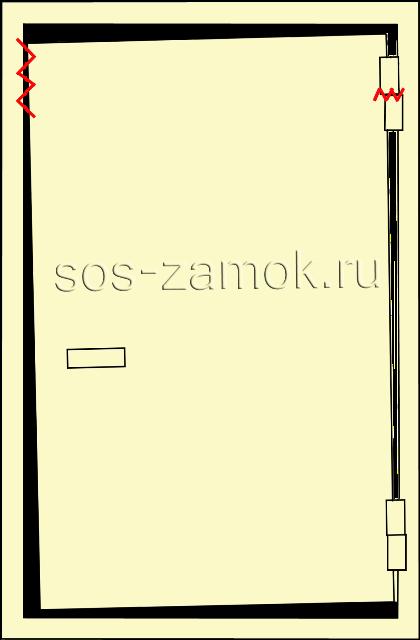 Верхняя часть двери перекошена
