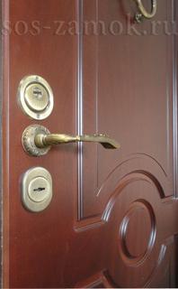 Ремонт МДФ накладок на металлических дверях
