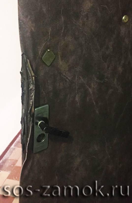 Ремонт повреждённого дверного полотна